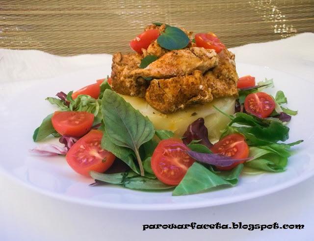 filet z piersi kurczaka na obiad w parowarze