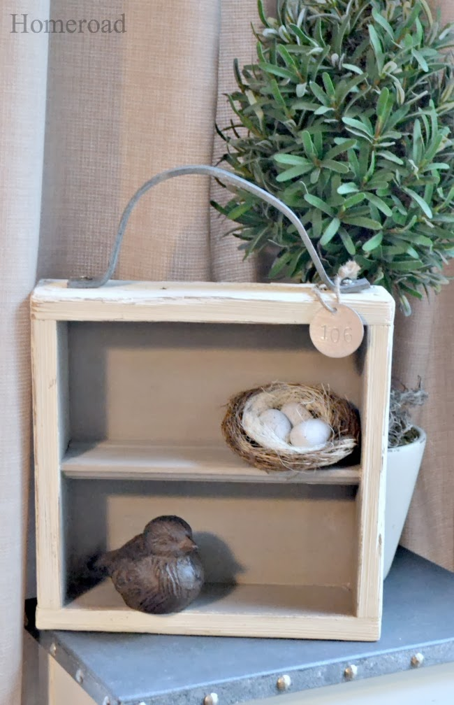 repurposed gate makes a great shelf www.homeroad.net