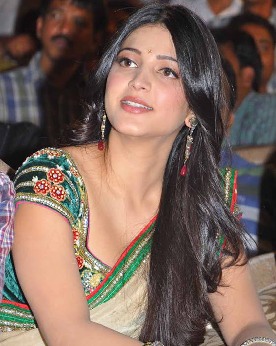 shruti han new spicy in 3 movie audio launch event