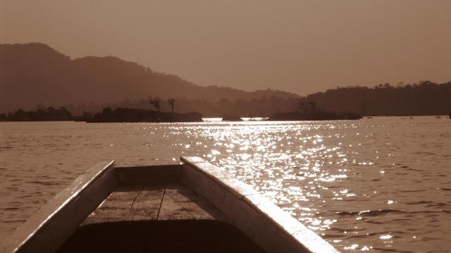Tras el delfín de Irrawadi del Mekong, 4.000 islas (Si Pha Don, Laos)
