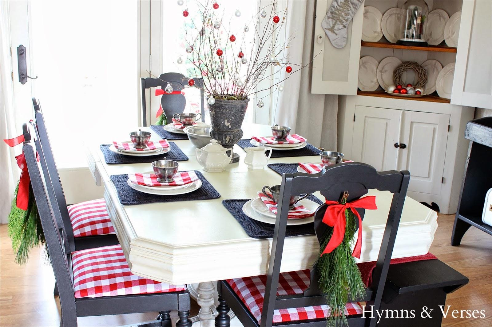 Diy christmas chair covers - Diy Buffalo Check Reindeer Art
