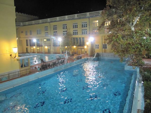 Balneario de luc ks en budapest mi ba l de blogs for Balneario de fortuna precios piscina