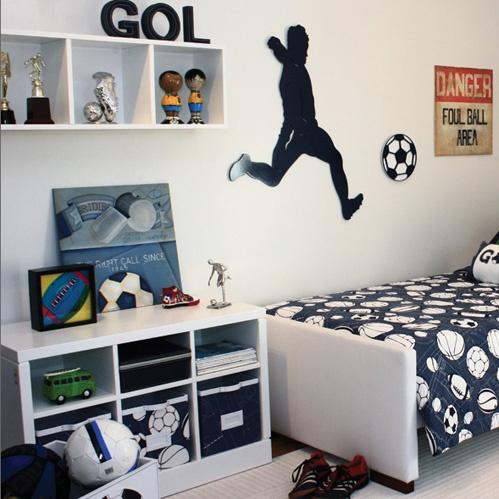 tema futebol no quarto do menino