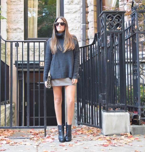 oversized sweaters x mini skirt
