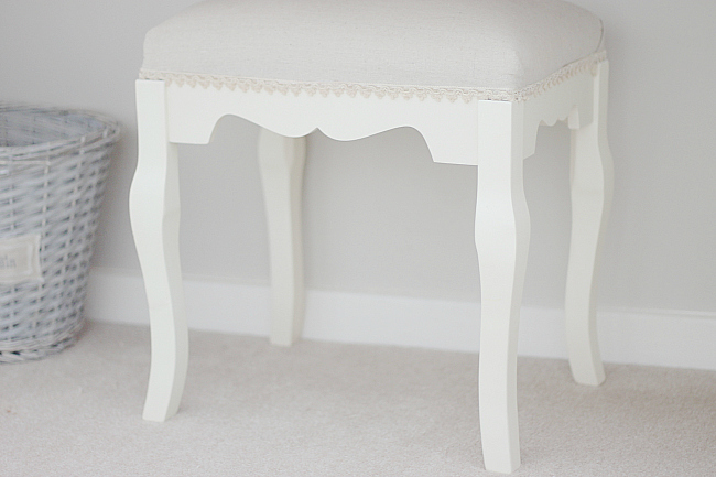 Shabby-chic, what's on my dressing table, dressing table post, shabby chic stool, dressing table stool