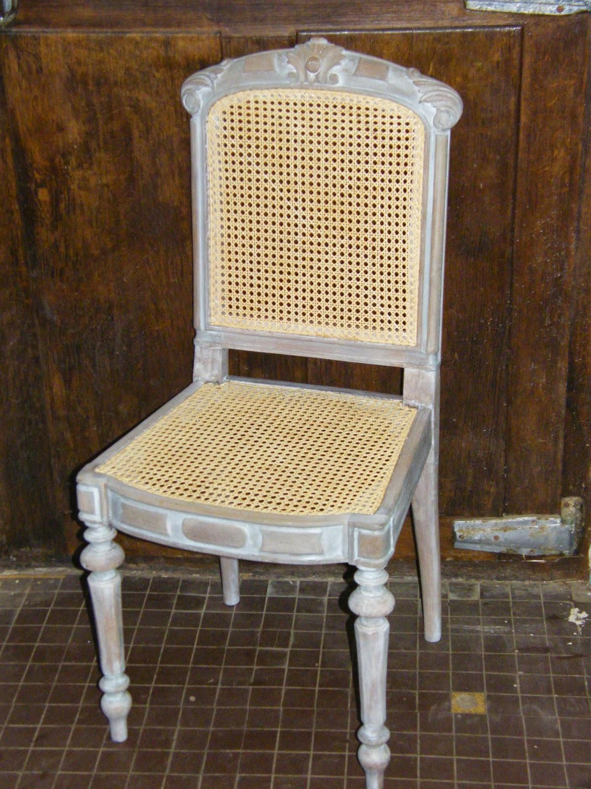 normandie cannage chaises cann es avec c ruse blanche. Black Bedroom Furniture Sets. Home Design Ideas