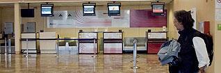 Despilfarro_aeropuerto_pamplona