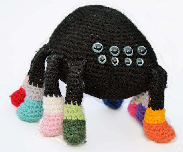 Spider Amigurmi - Crochet Pattern