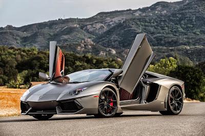 Picture : Lamborghini Aventador LP 700-4 Roadster2015