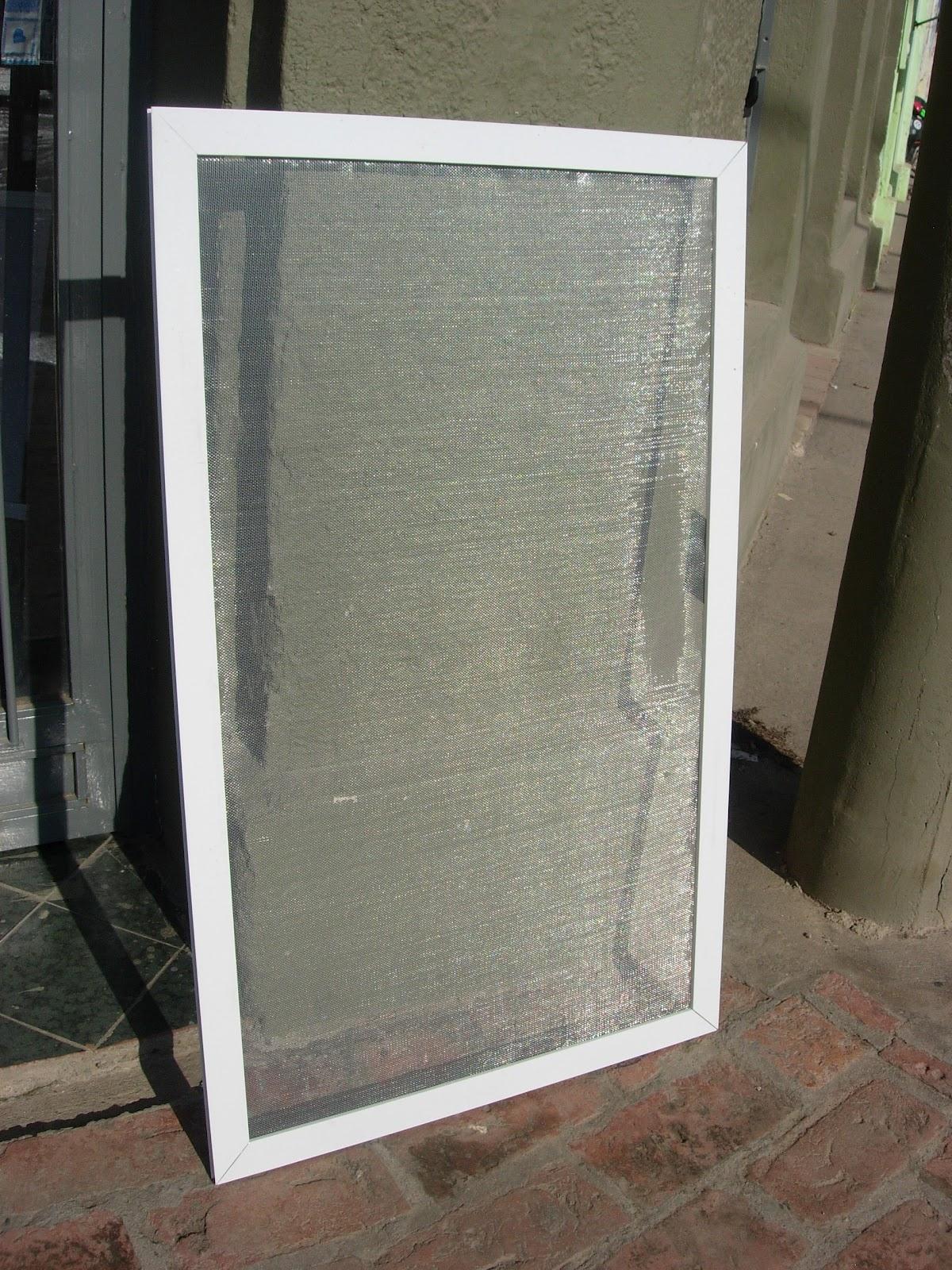 Via dise o carpinter a de aluminio ventiluz ba o y for Mosquiteros de aluminio