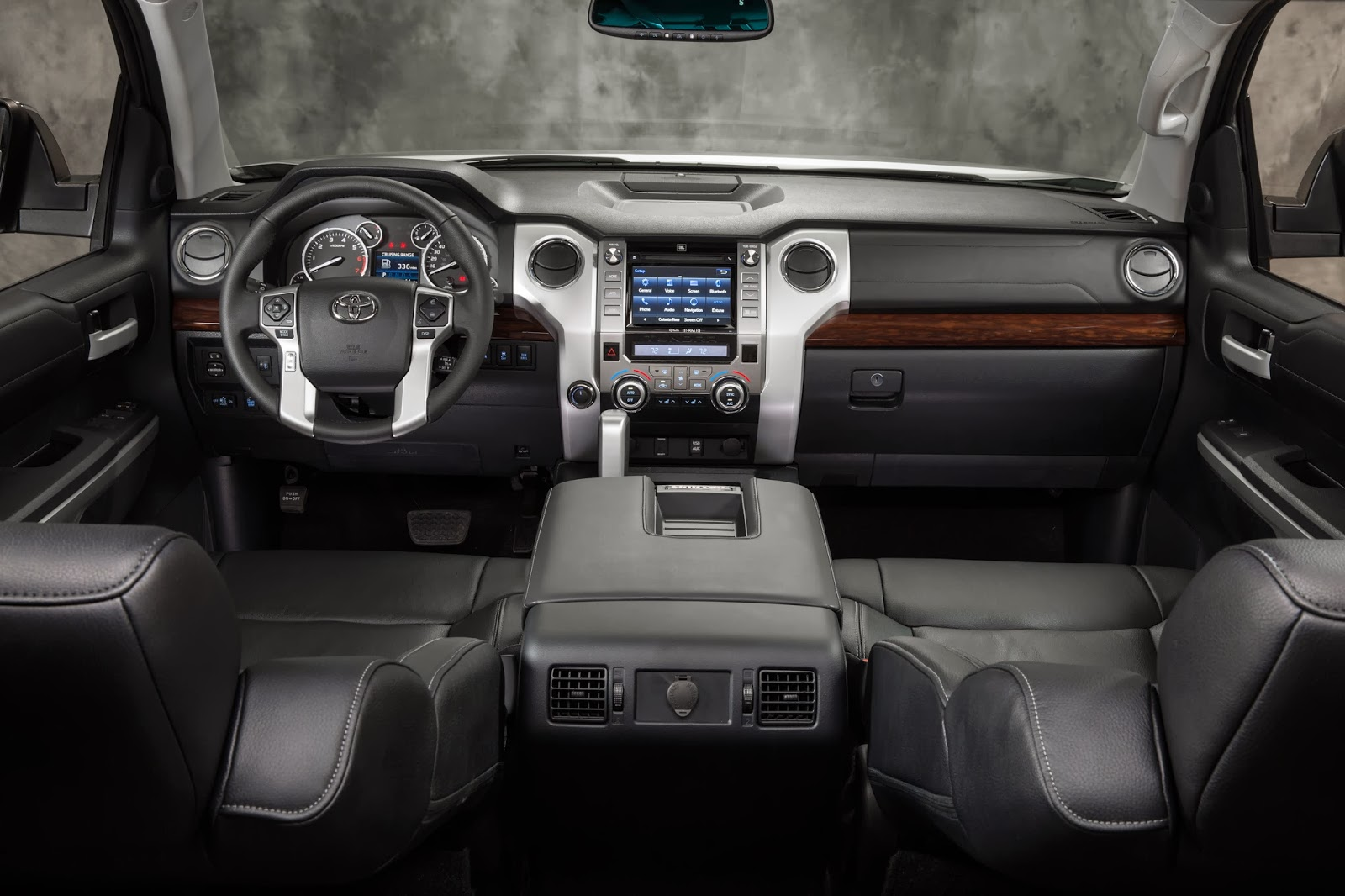 Interior view of 2014 Toyota Tundra Limited