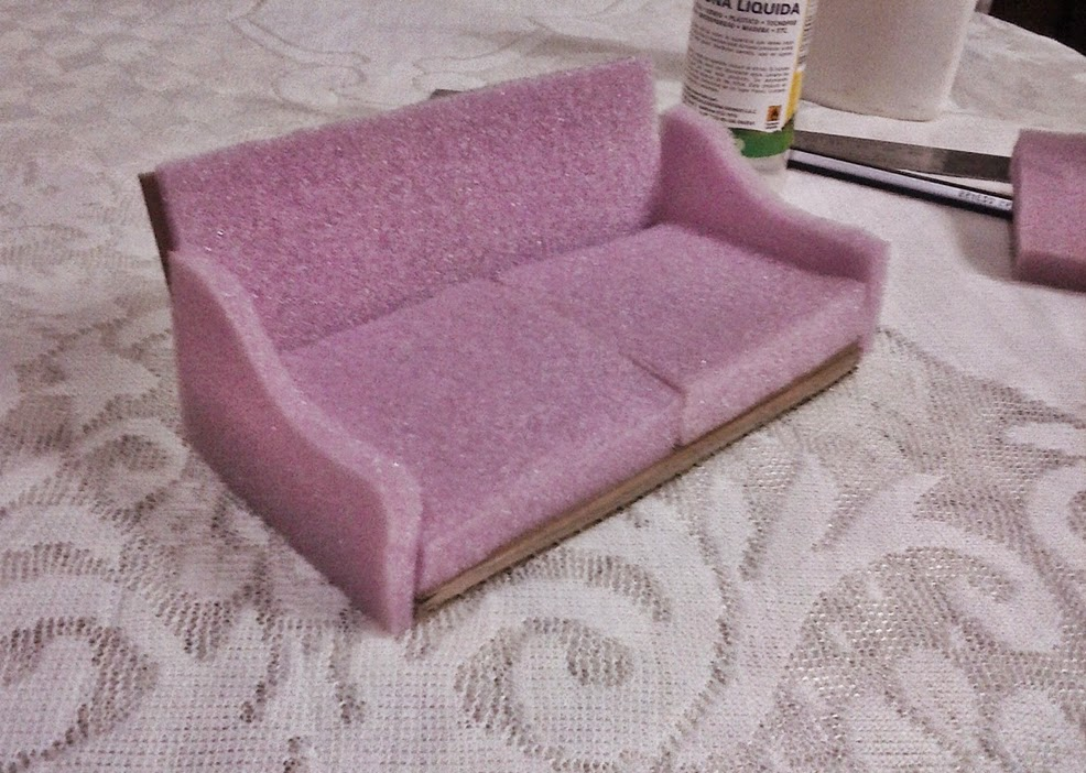 Casa de mu ecas dollhouse diy c mo hacer un sof para la casa de mu ecas - Como hacer muebles para casa de munecas ...