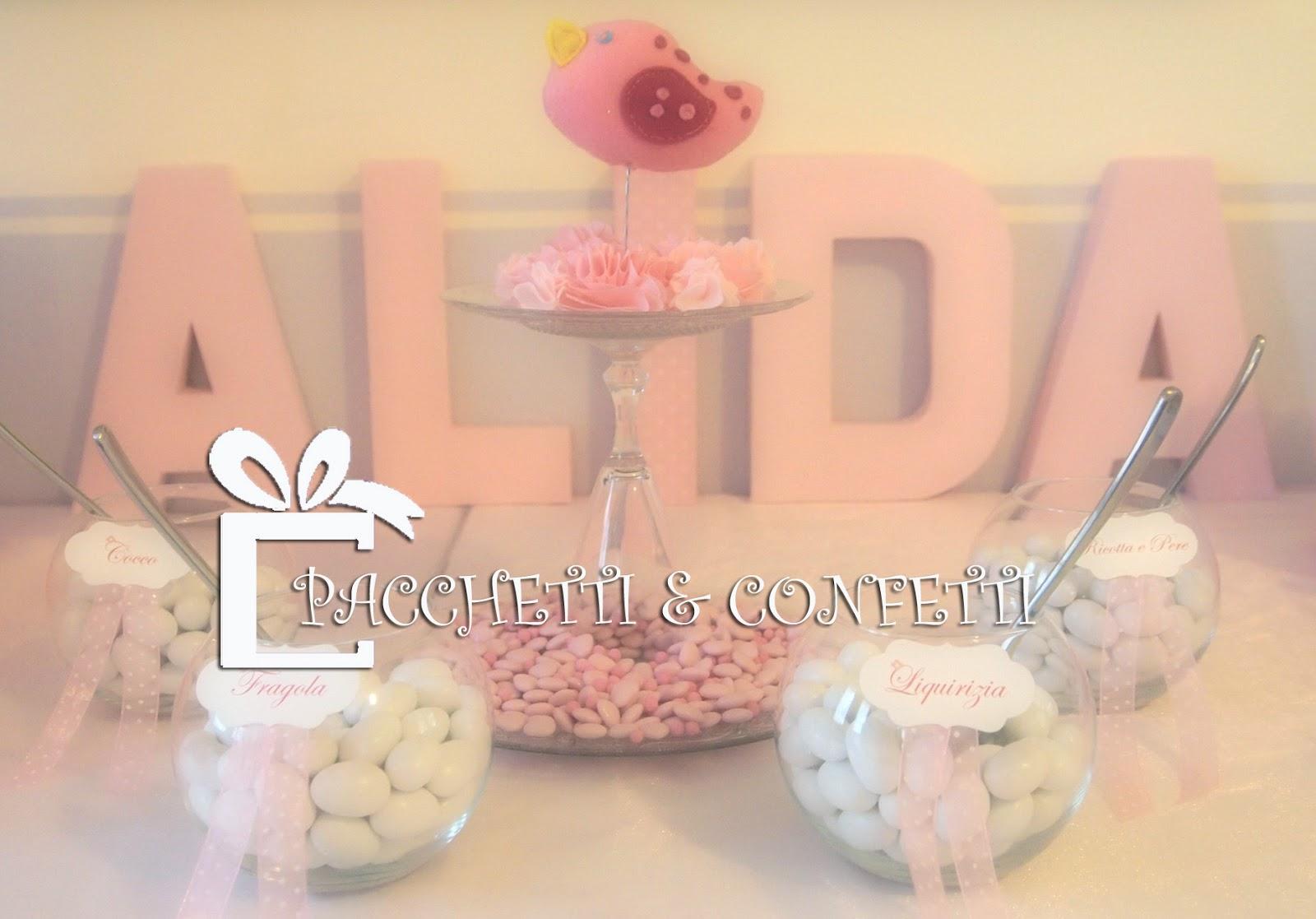 Pacchetti e confetti battesimo di primavera sweet table