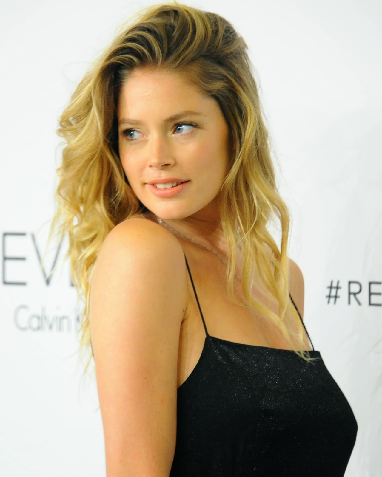 Beautiful Doutzen Kroes 1