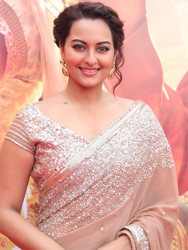 Sonakshi Sinha gets the sweetest New Year wish!