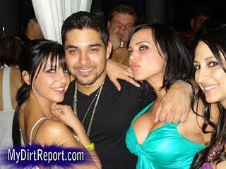 foto gambar pangeran arab sedang pesta