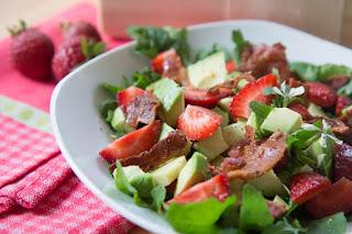 Rezept für Erdbeer-Avocado-Salat
