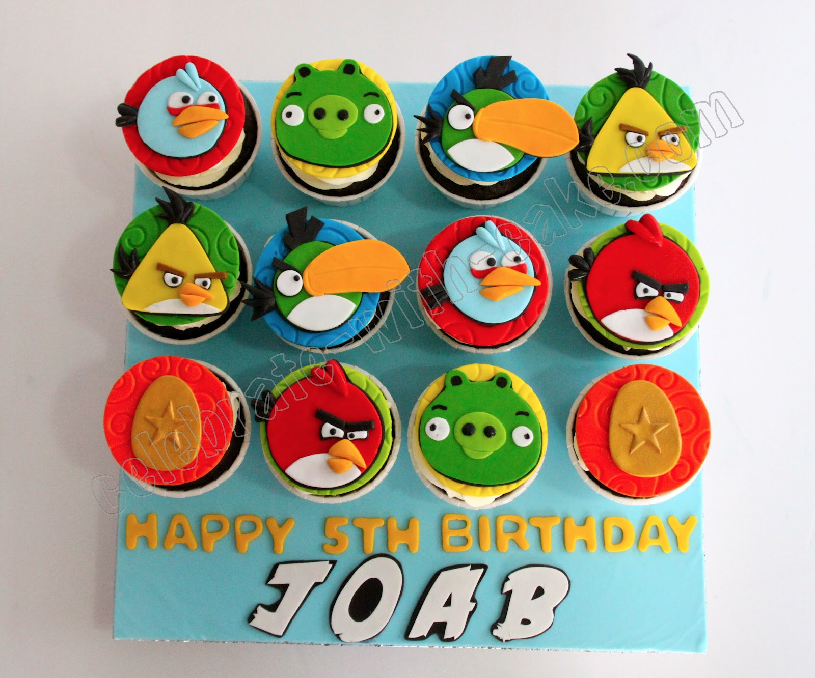 Angry birds cupcakes sams club