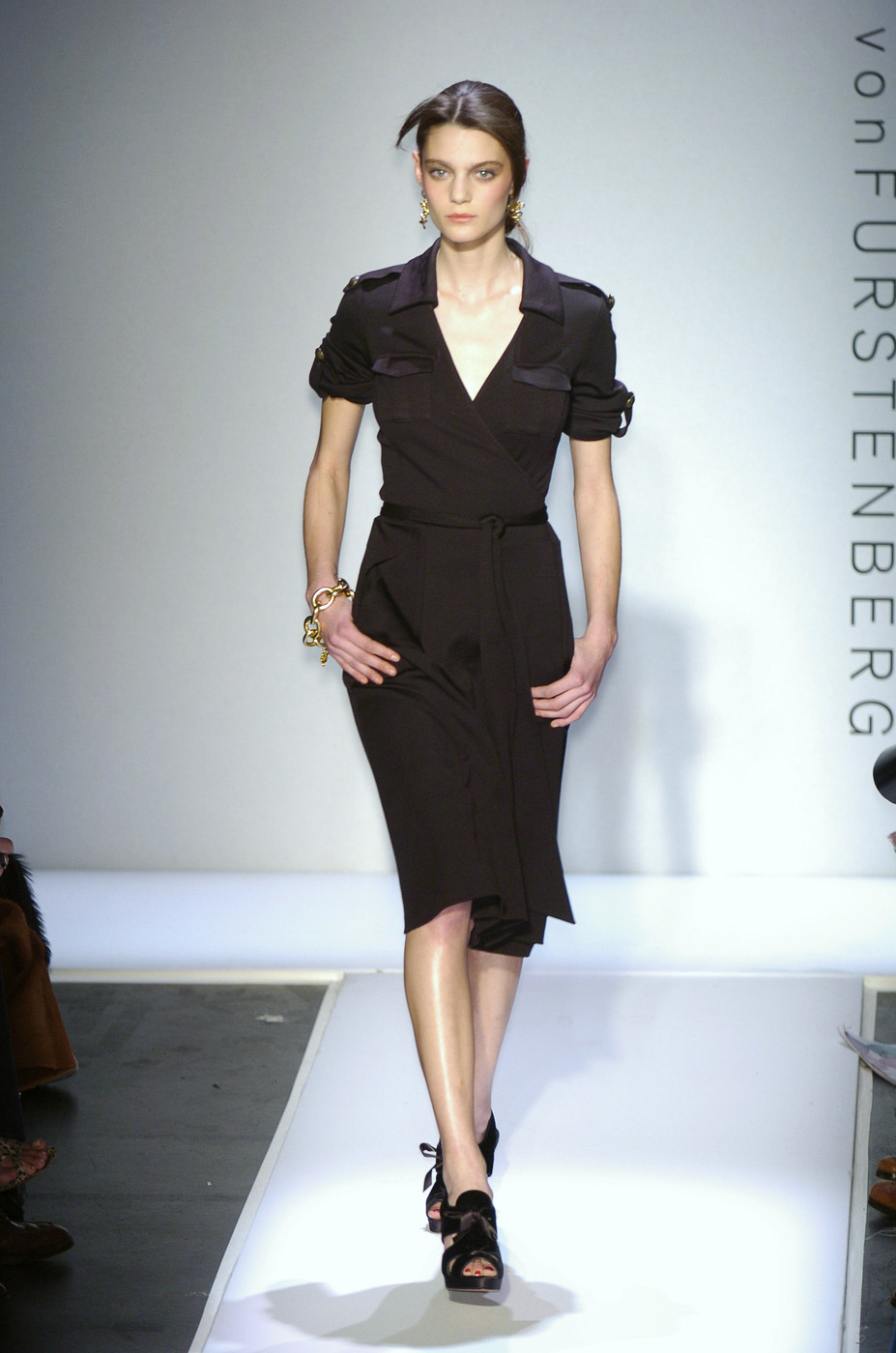 via fashioned by love | Diane von Furstenberg wrap-dress Fall/Winter 2005