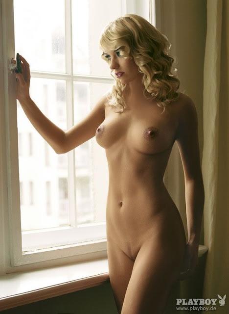 college sluts getting naked