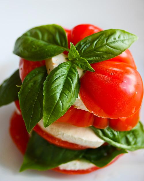 Recipe of the Week: Caprese Salad - Travelista73