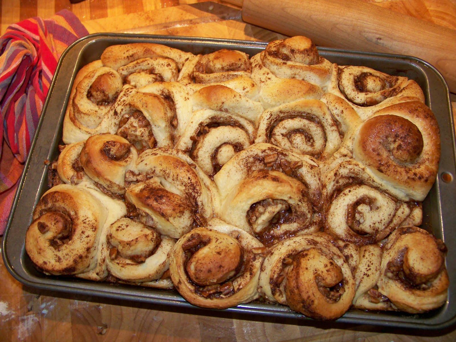cinnamon roll dough for bread machine