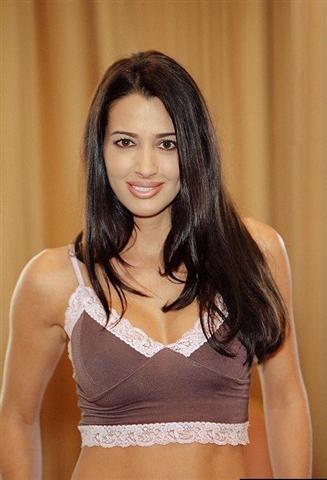 Amy weber diva profile and latest hot wallpaper all for Giovanni adams