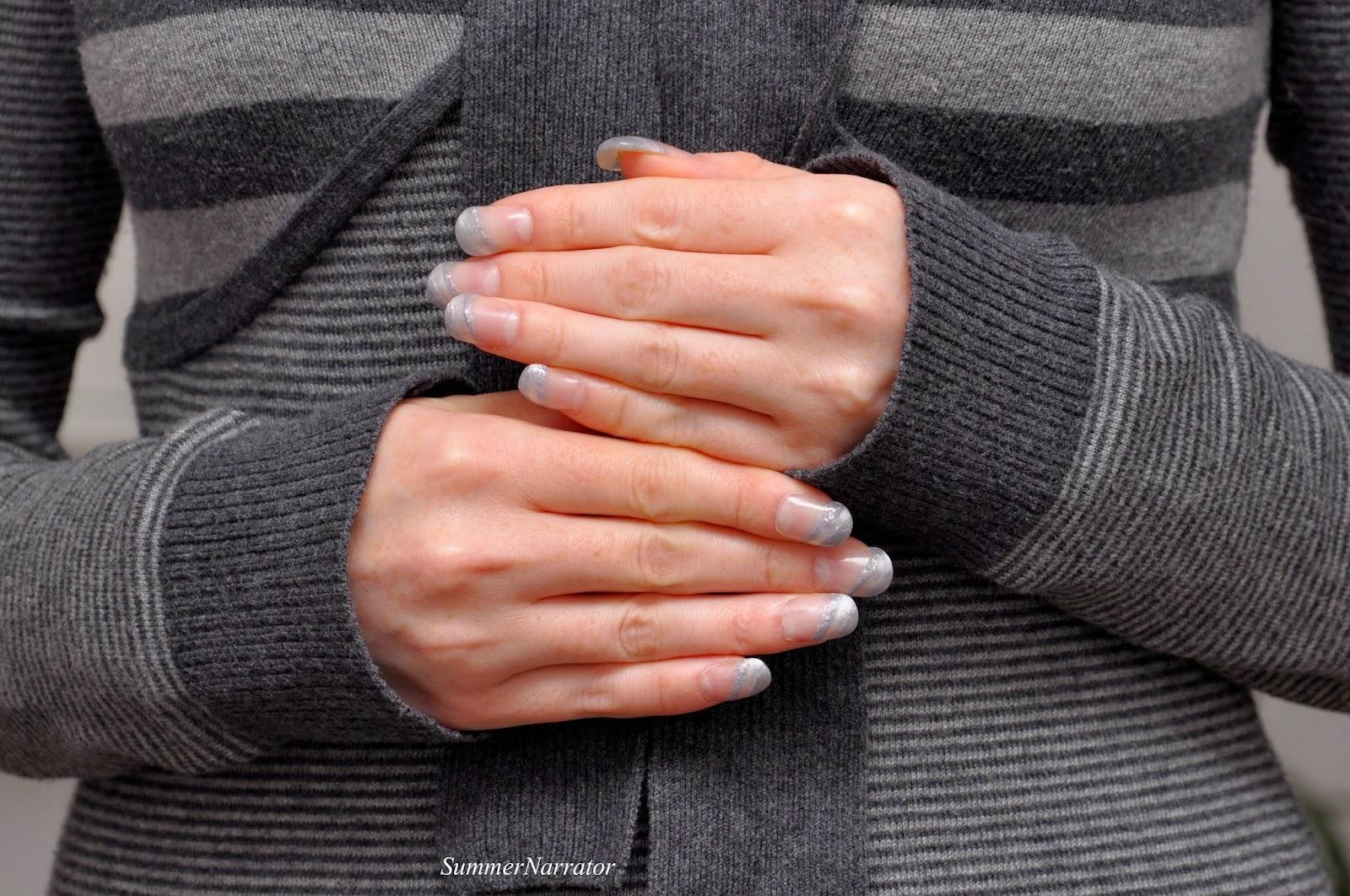 Gesehen Helle wie Silber in Elegante silberne Hochzeits-Kleider