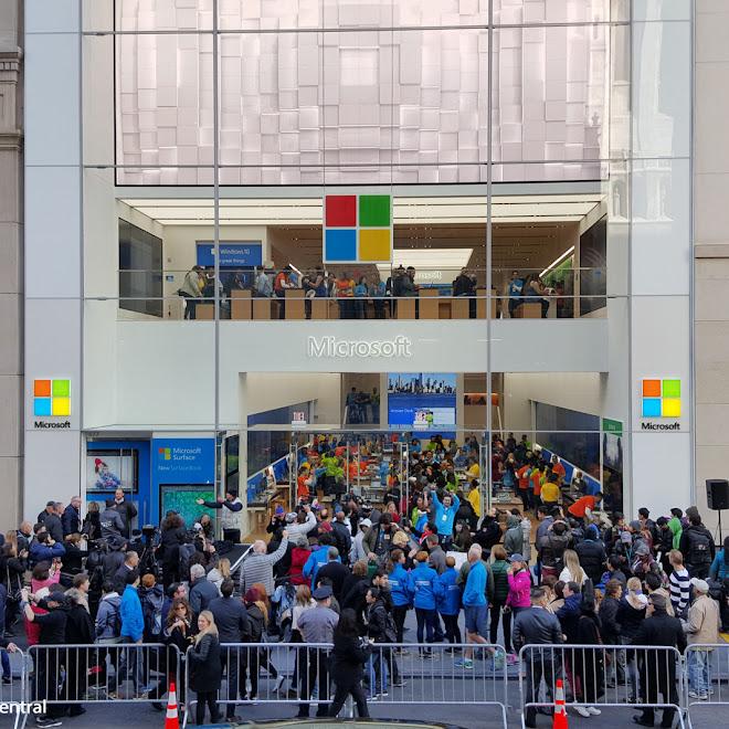 Microsoft inaugura su tienda en la Quinta Avenida