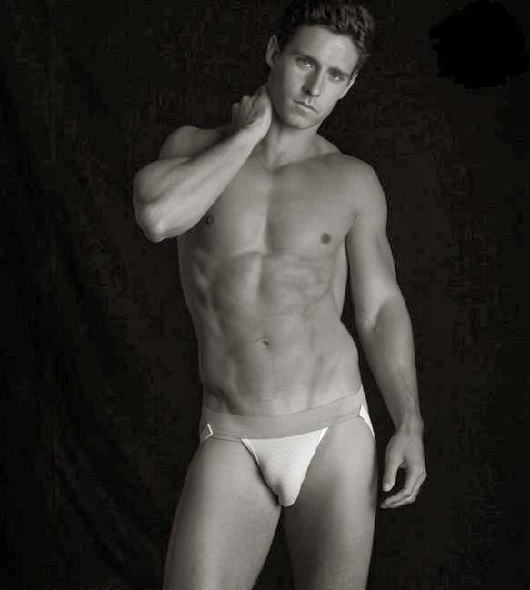 Lough model nude tyler