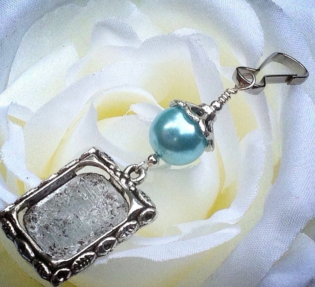 wedding bouquet charm blue shell pearl photo charm
