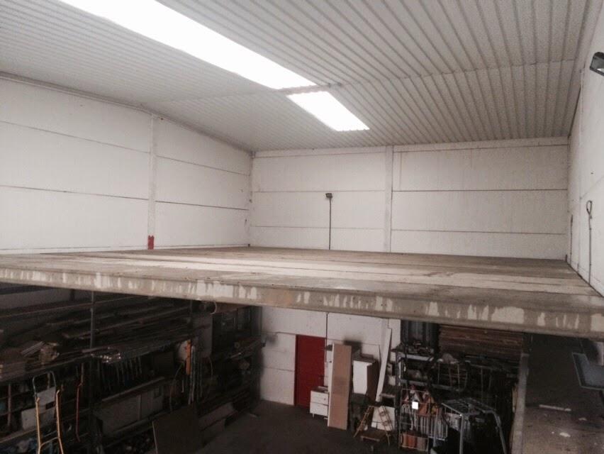 Construcci n de balcones y terrazas con placas alveolares for Naves prefabricadas de hormigon precios