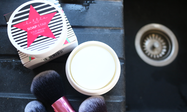 Lottie London Soap Star Solid Brush Cleanser review