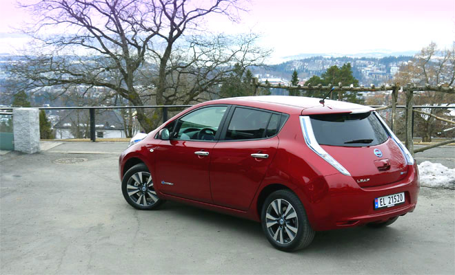 2013 Nissan Leaf rear view