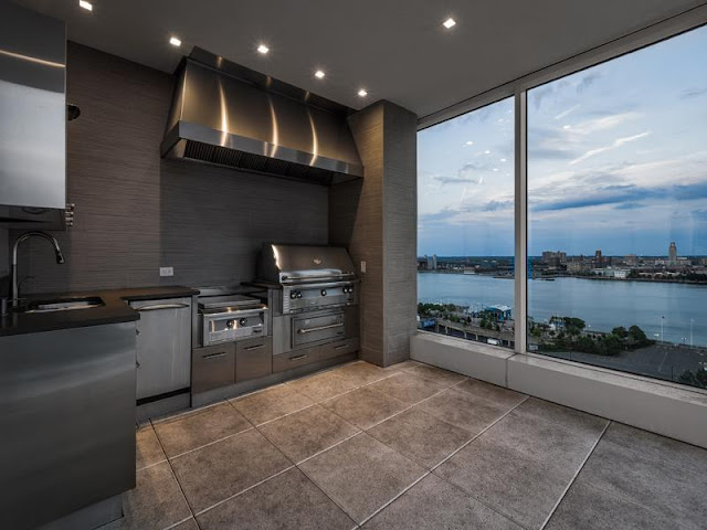 Photo of outdoor kitchen in Philadelphia penthouse