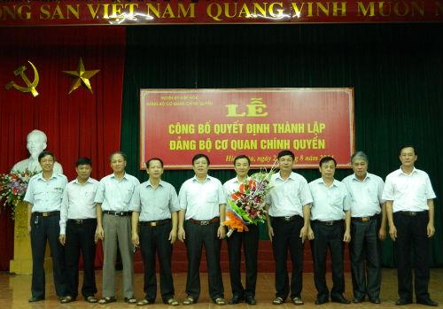 Công bố quyết định thành lập Đảng bộ cơ quan chính quyền huyện Hiệp Hòa