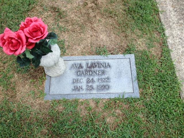 Ava's Gravesite
