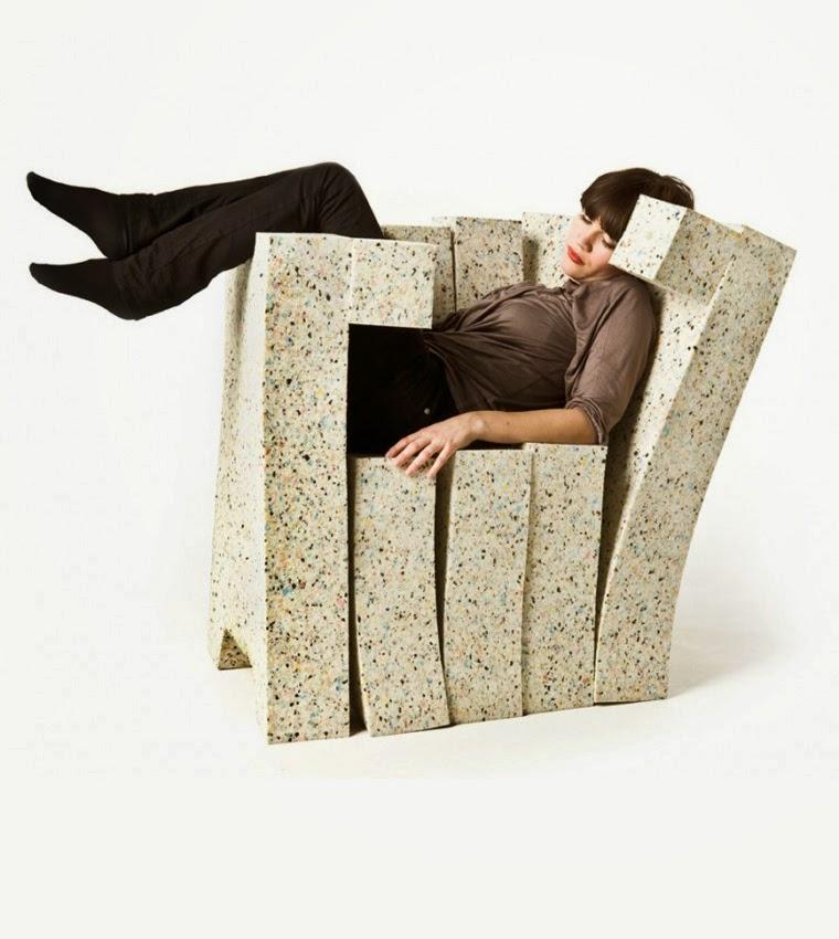Fauteuil – Sofa avec des Matériaux Recyclés, Meubles Respectueux de l'Environnement