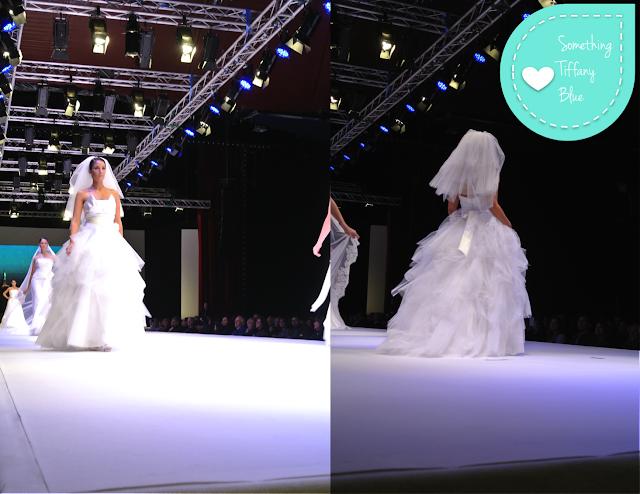 Matrimonio In Azzurro Polvere : Passaro sposa sfilata la nuova collezione di abiti