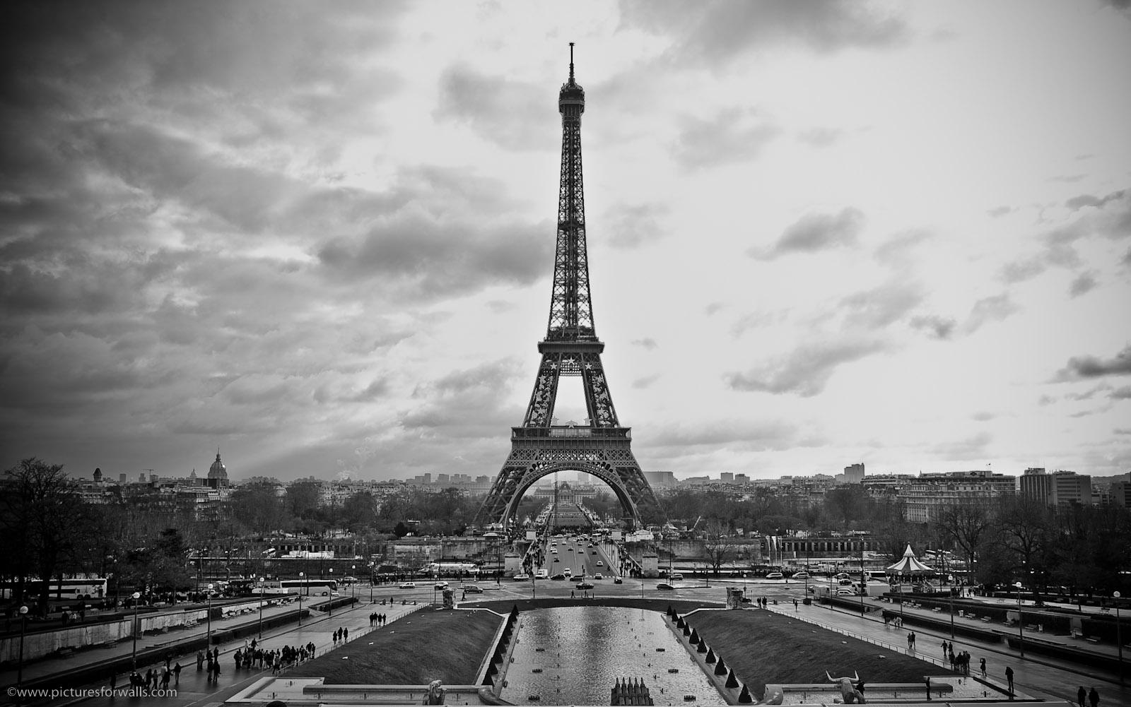 Paris paris eiffel tower black and white for Eiffel tower wall mural black and white