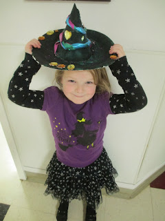 kid's witch hat centerpiece