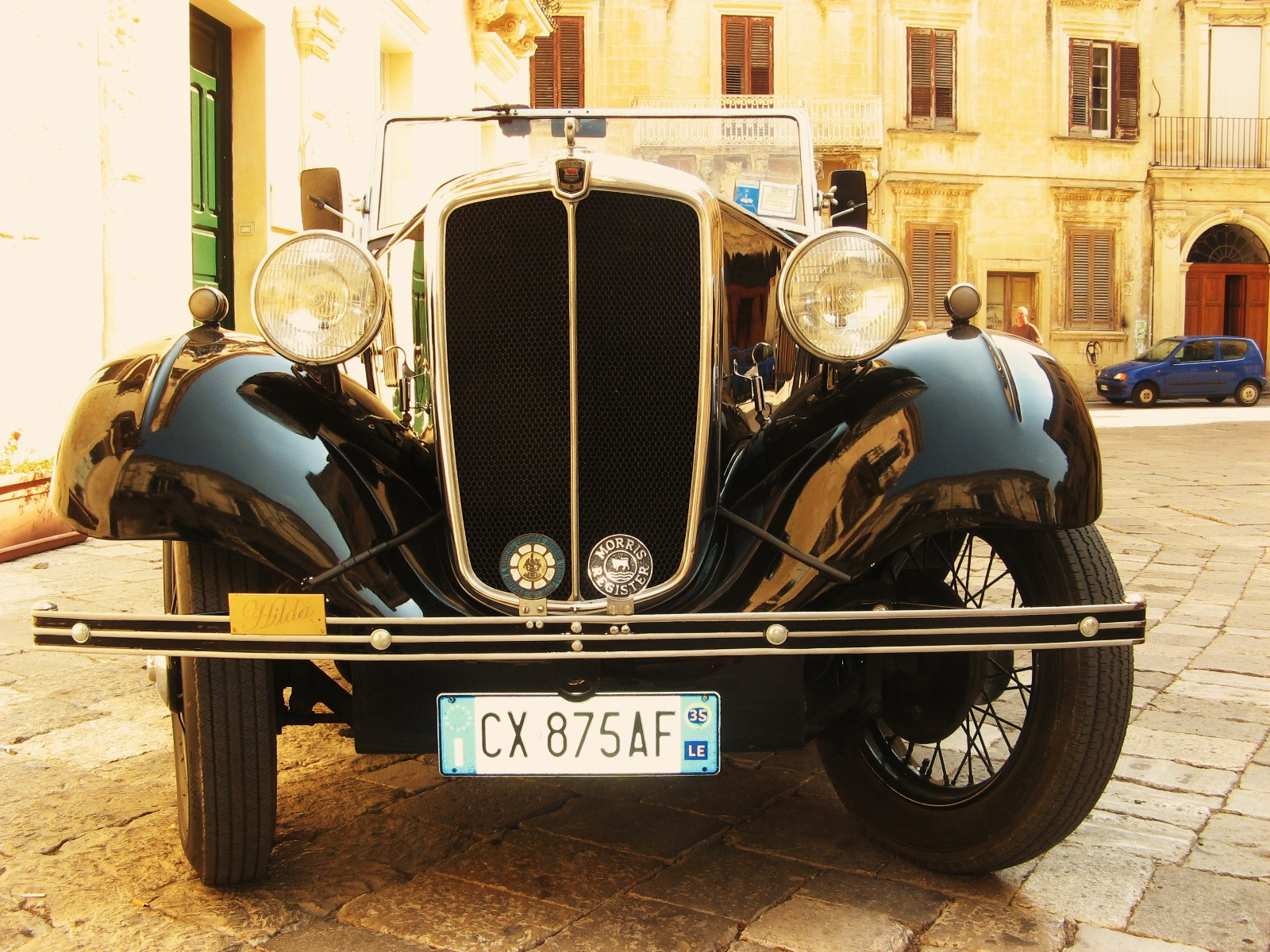 Home To Italy: Drive in Classic Cars in Italy!