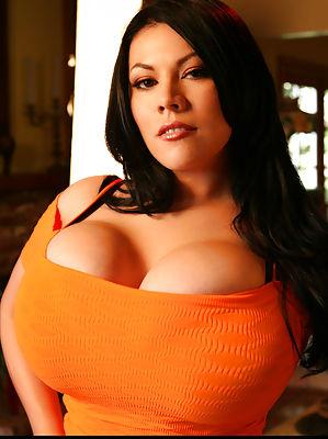 Huge big tits.