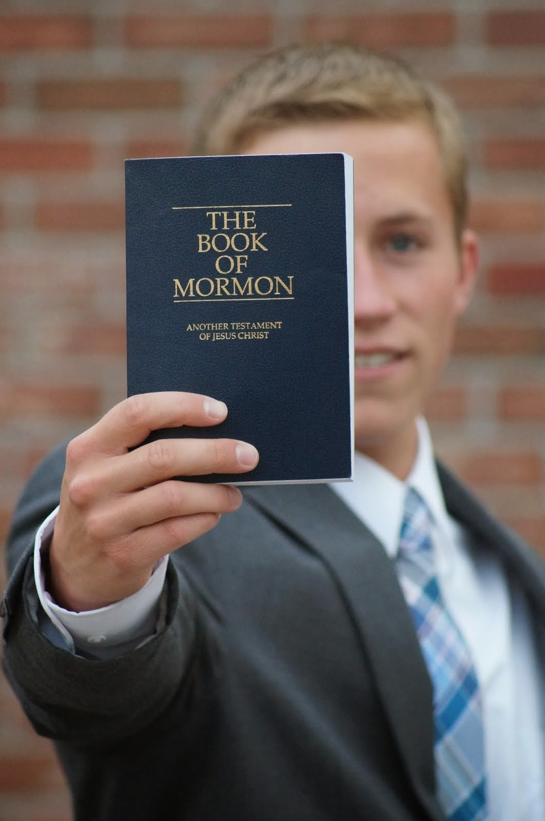 Sharing the Book of Mormon