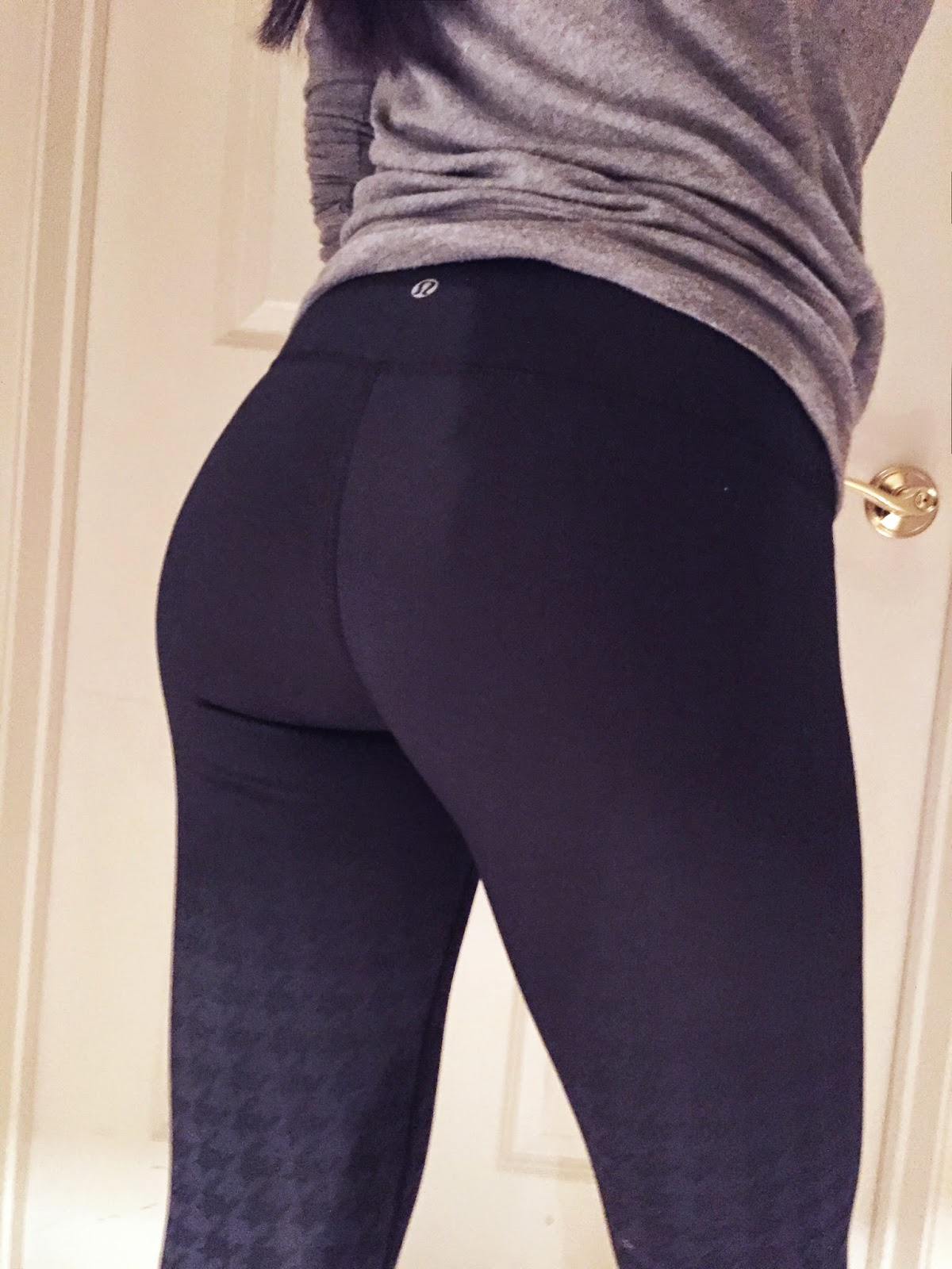 Girls In Yoga Pants - Yoga Pants Pictures, Videos