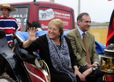 Adherentes de Bachelet agreden a manifestante por oponerse a Ley Monsanto