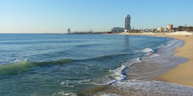 Disfruta de la playa en Barcelona