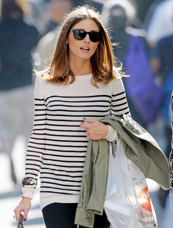 Αποτέλεσμα εικόνας για woman sweater stripes streetstyle