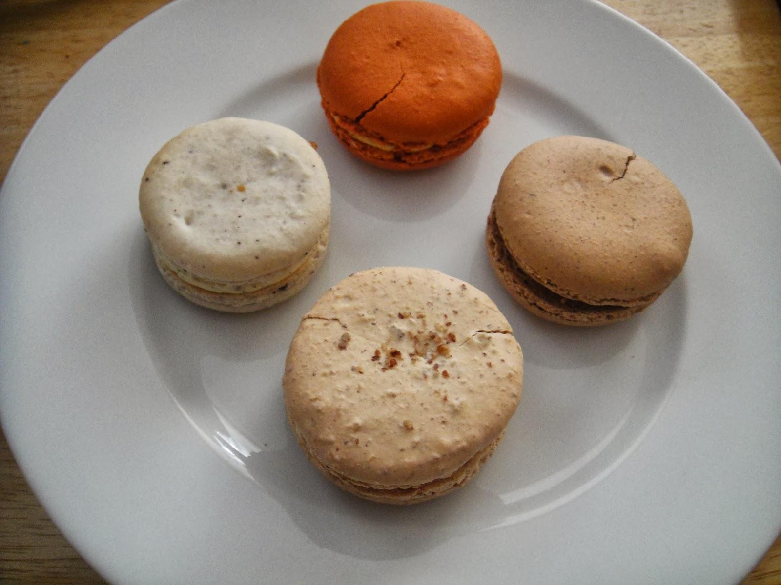 picture Pumpkin Tart with Pecan Brittle