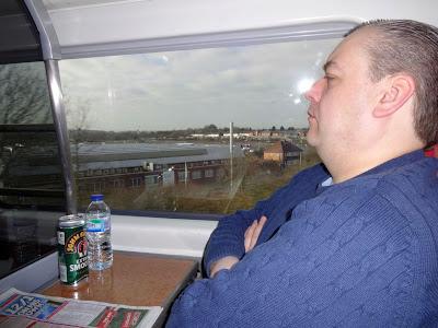 Mr UKBuses has a nap!